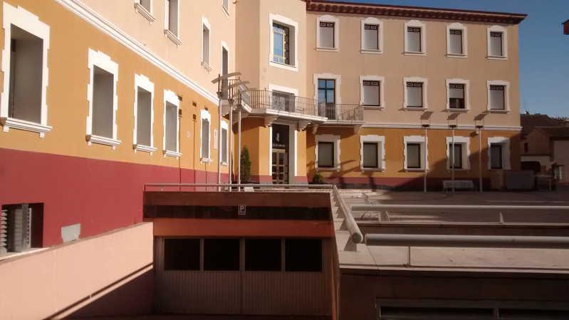 Alquiler plaza garaje en ejea plaza la villa fincas ejea fincas ejea - Alquiler de plaza de garaje ...