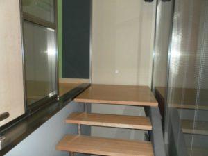 Venta Nave en Ejea con Oficinas Almacen Laboratorio Amueblada Escaleras 1