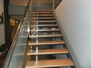 Venta Nave en Ejea con Oficinas Almacen Laboratorio Amueblada Escaleras