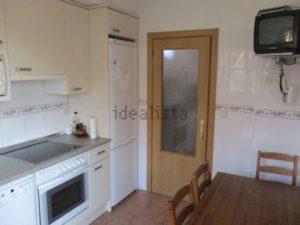 Venta de Chalet en Luna Zaragoa con Jardin Dormitorio Cocina Equipada 2