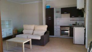 Casa Ejea con apartamentos y locales para alquilar Salon cocina