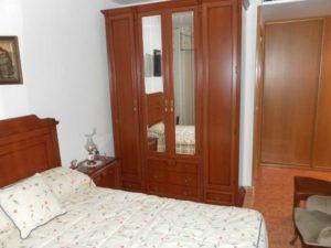 Venta piso 3 habitaciones calefacción de gas 2 garajes en Ejea - Dormitorio Matrimonio