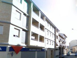 Venta piso 3 habitaciones calefacción de gas 2 garajes en Ejea - Fachada - Fincas Ejea