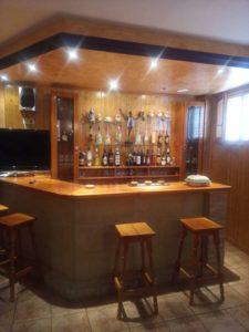 Casa en venta en Ejea con bodega y amueblada Barra Bodega- Fincas Ejea