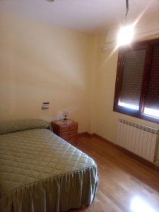 Casa en venta en Ejea con bodega y amueblada Dormitorio 2- Fincas Ejea