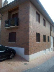 Casa en venta en Ejea con bodega y amueblada Fachada 1- Fincas Ejea