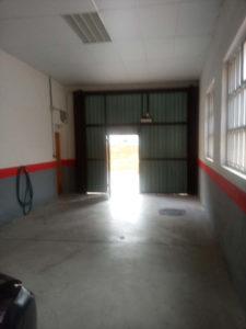 Venta Piso con cochera centrico amplio garaje en Ejea Garaje - Fincas Ejea.jpg