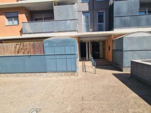 Venta Piso Seminuevo Reformado 2 garajes Mercadona Ejea Entrada - Fincas Ejea