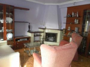 Venta Piso centrico 4 habitaciones en Ejea Salon Chimenea- Fincas Ejea