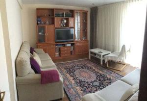 Venta piso centrico Ejea amueblado calefaccion aire acondicionado Salon -Fincas Ejea